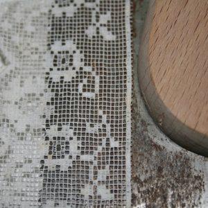 lace-saw